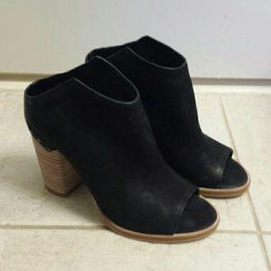 Dolce Vita Open Toed Women's Black Heels